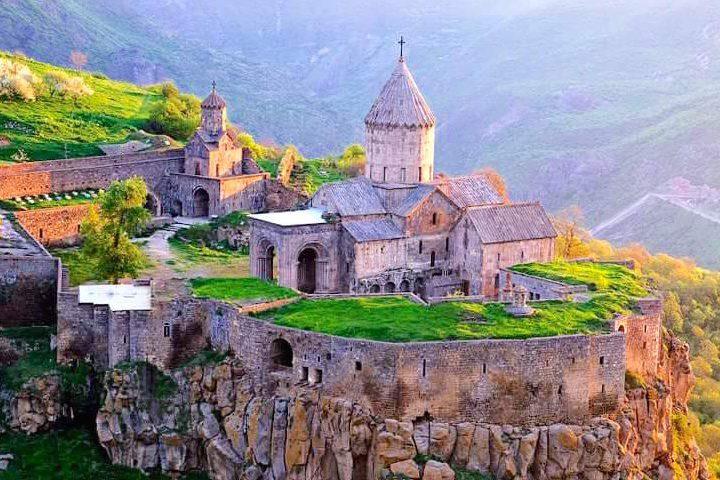 アルメニアータテヴ